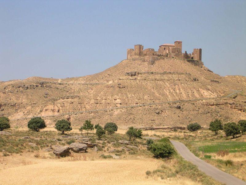 La forteresse de MonteAragon est située à proximité de Huesca, au sud des Pyrénées