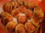 Amuse-bouches: Pâtés feuilletés créoles