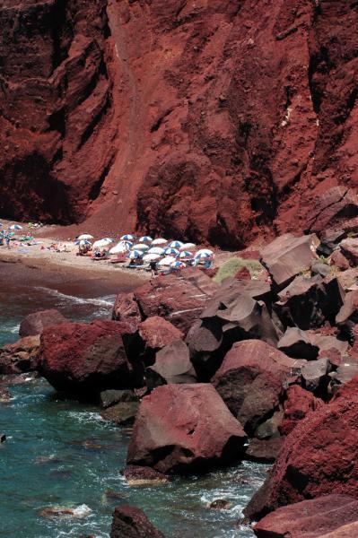 santorin plages red beach club des voyages. Black Bedroom Furniture Sets. Home Design Ideas