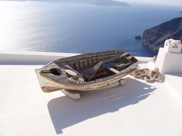 santorin divers barque sur balcon fira club des voyages. Black Bedroom Furniture Sets. Home Design Ideas