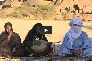 L'imzad, le violon des femmes touareg sauvé de la disparition